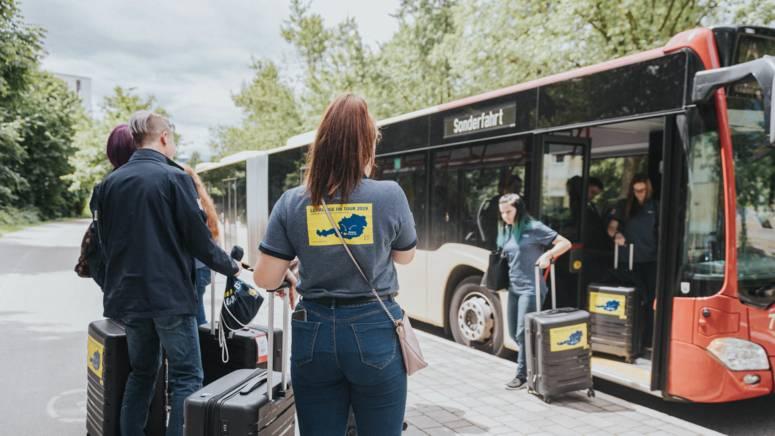 Lehrlinge bei der Anreise zu Lehrlinge on Tour